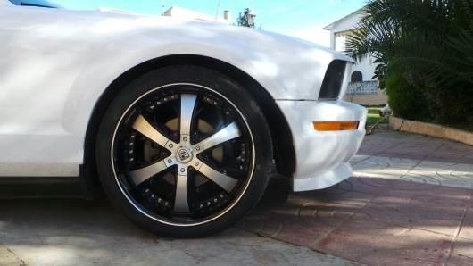 Llantas para Ford Mustang Lexani LX-704